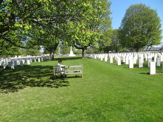 British War Cemetery: Beautiful setting
