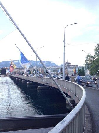 Lac Léman (Lac de Genève) : Pont du Mont-Blanc
