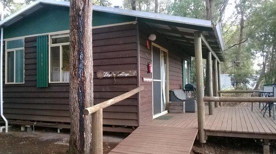 Balingup Heights Hilltop Forest Cottages : Blythe cottage