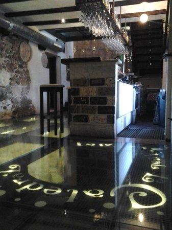 La Catedral: floor through time.