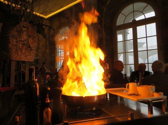 Kastenmeiers: Flambieren am Tisch