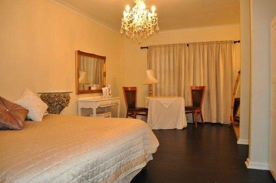 Georgiou Guest House: room