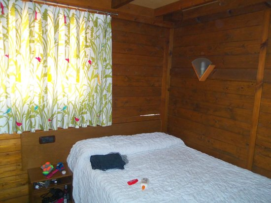 Camping & Resort Sangulí Salou: double bed