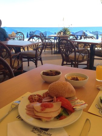 Indigo Mare : Breakfast ....;)