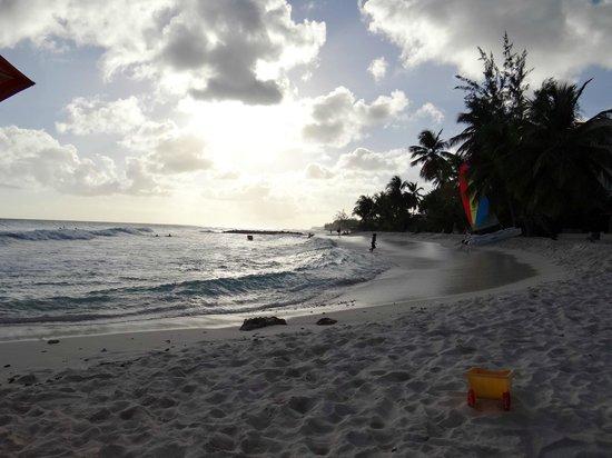 Ocean Two Resort & Residences: Fantastic beach