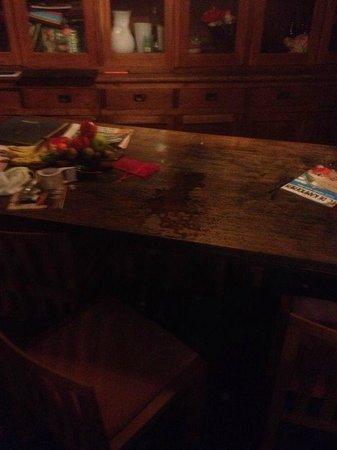 The Phileas Fogg : De eettafel als iemand onder de douche staat (NAT!!!)