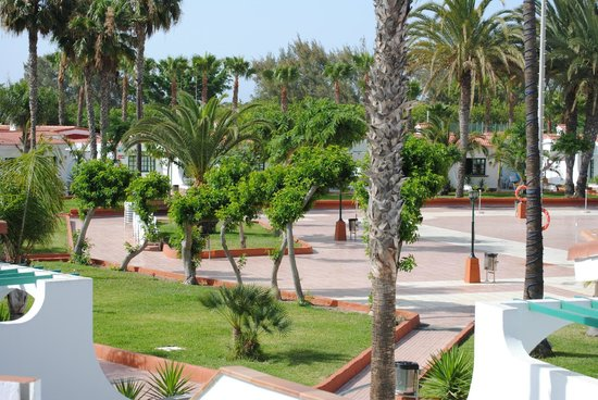 Duna Beach Bungalows: grounds