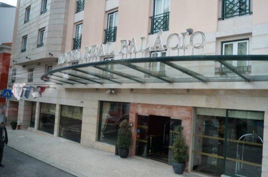 Hotel Real Palacio: главный вход