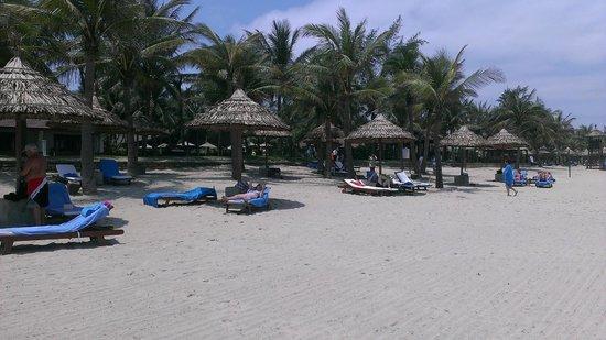 Palm Garden Beach Resort & Spa: Beach