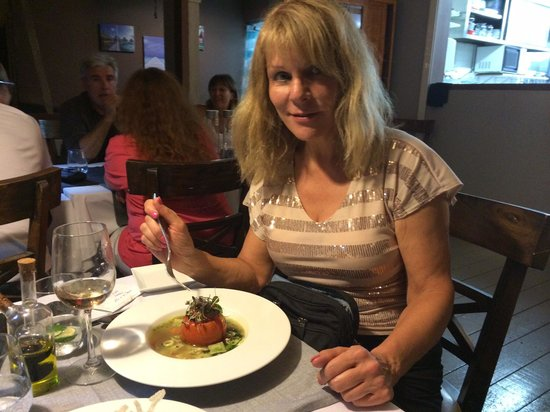 L'Effet Mer: The most flavorful and savory, creatively prepared ravioli and stuffed tomato dish I have ever h