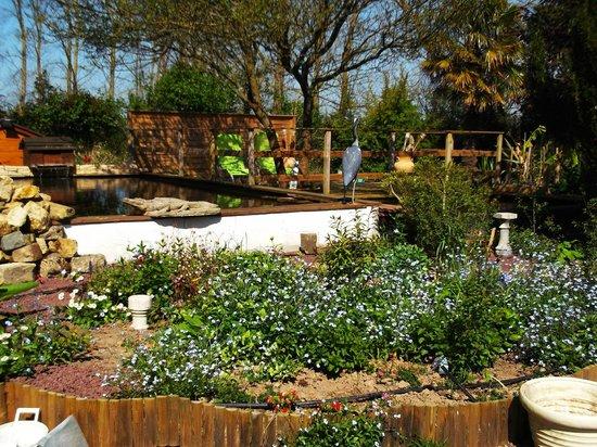 Jardin picture of chambres d 39 hotes de blactot carentan for Chambre hote 05