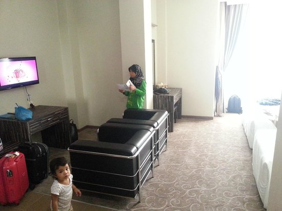 HIG Hotel: Sofa