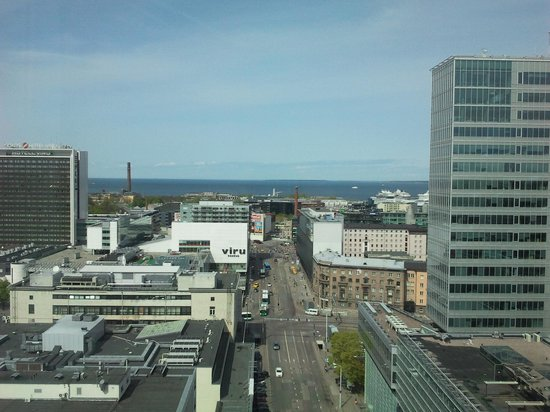 Radisson Blu Sky Hotel: view toward the harbour