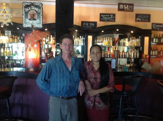 Bali Paradise Hotel Boutique Resort: Bar