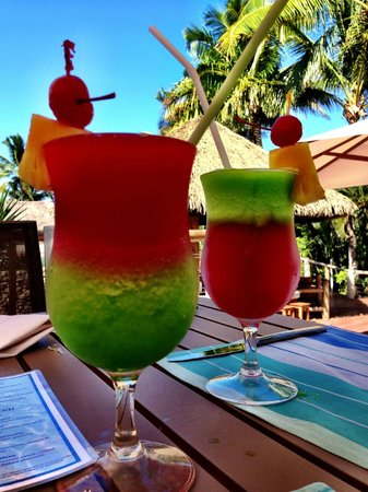 Outrigger Fiji Beach Resort: An afternoon drink by the pool