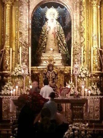Basilica de la Macarena : Basilica Macarena-interno