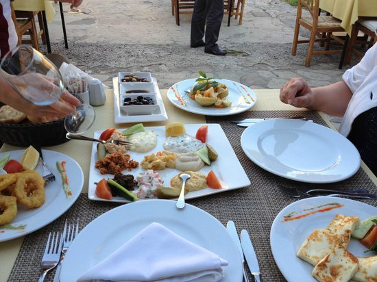 Bellapais Monastery Village: At Kybele (restaurant up the hill)