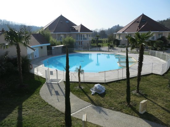 Piscine picture of les jardins de beauval saint aignan for Hotels beauval