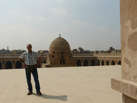 Cairo-Overnight Tours: Mr.Mohsen, a very good guide and a very good MAN.
