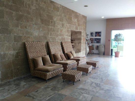 Doreta Beach Hotel : отель