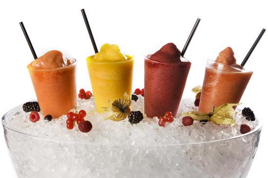 Batidos de fruta para se refrescar de forma saud vel num - Batidos de frutas ...