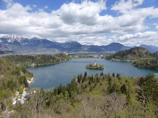 Castle Hostel 1004: lake bled viewpoint