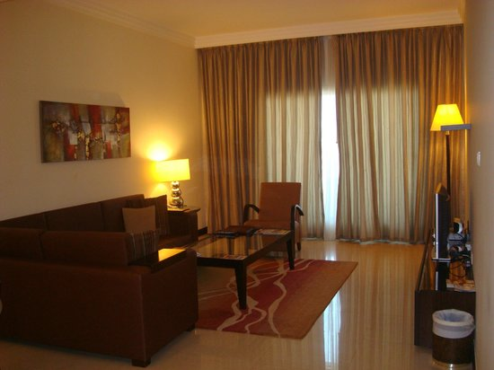 Flora Park Deluxe Hotel Apartments: Lounge