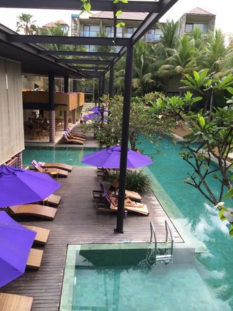 Taum Resort Bali: Poolside