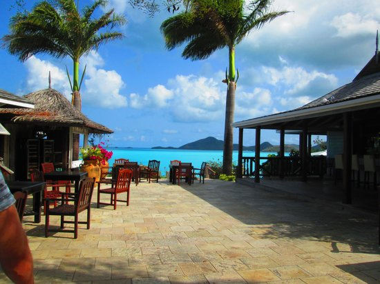 Cocobay Resort: top pool and bar