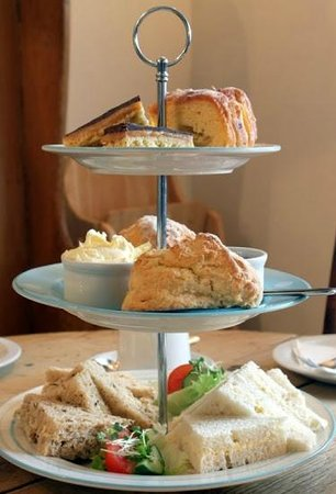 Lucy's Tearoom: Afternoon tea