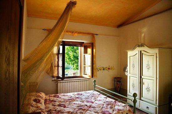 Palazzo Conti A: camera da letto