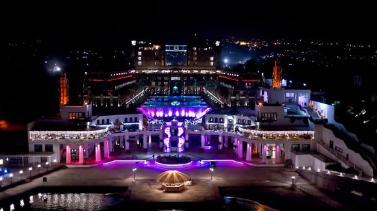кирения cratos premium hotel casino 5 0