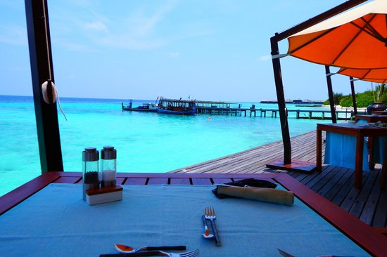 Coco Bodu Hithi : Breakfast view