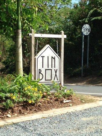 Tin Box: The sign.