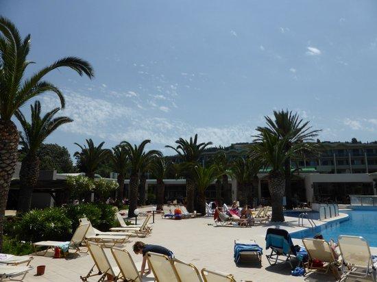 Kipriotis Hippocrates: la piscine