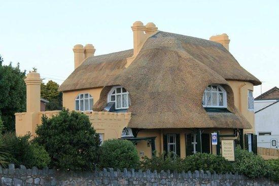 The Minadab Cottage: minadab