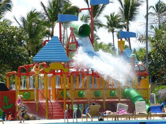 Iberostar Bavaro Suites: piscine enfant