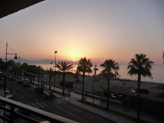 Melia Costa del Sol: Sunrise over the Costa del Sol!