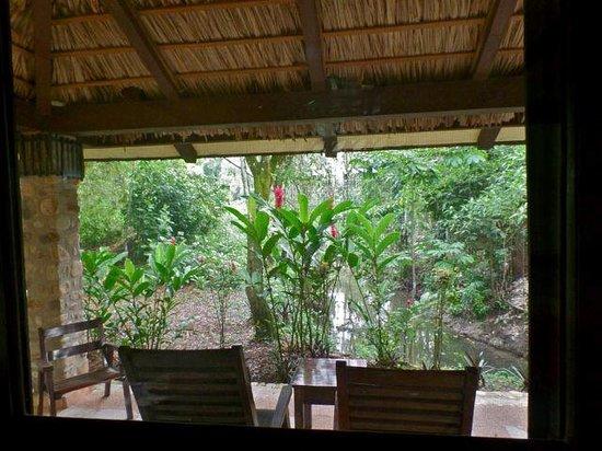 Chan-Kah Resort Village: Espectacular vista de la terraza hacia la selva