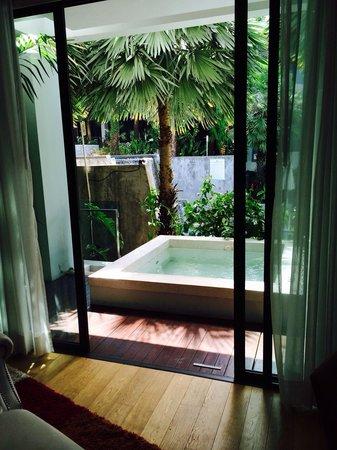Wyndham Sea Pearl Resort Phuket : Private Jacuzzi(one bedroom Deluxe Suite)