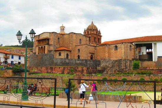 Convento de Santo Domingo: Street view