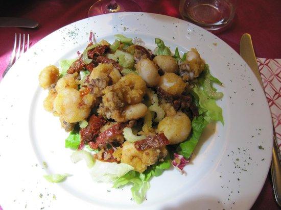 Borgo Scacciaventi: Insalatina di seppie fritte con sedano e pomodorini