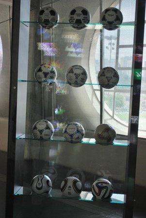 Museo del Fútbol: Bolas, bolas, bolas