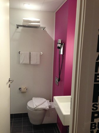 Andersen Boutique Hotel : Bathroom