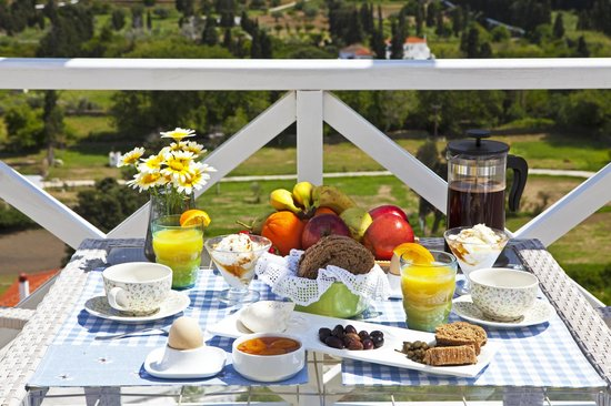 Anemomiloi Andros: Homemade Breakfast