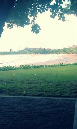 Bali Garden Beach Resort: Beach View