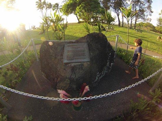 Memorial de Eddie Aikau em Sunset Beach Park