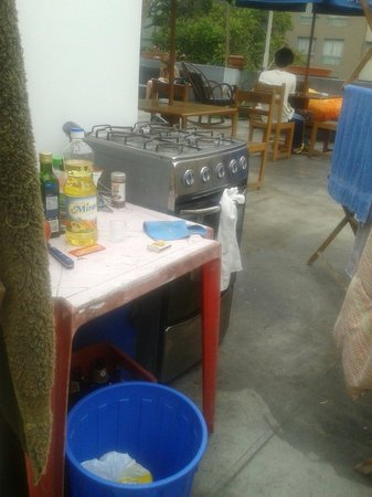 Dragonfly Hostels: Cocina para huéspedes