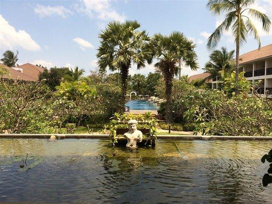 Bandara Resort & Spa : View from the lounge bar