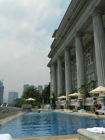The Fullerton Hotel Singapore: Lap pool